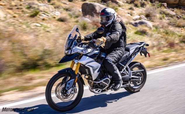 0226210-Middleweight-Adventure-Shootout-Triumph-Tiger-900-Rally-Pro-_EBB0703