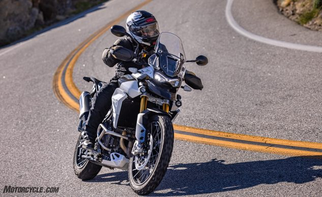 0226210-Middleweight-Adventure-Shootout-Triumph-Tiger-900-Rally-Pro-_EBB1244