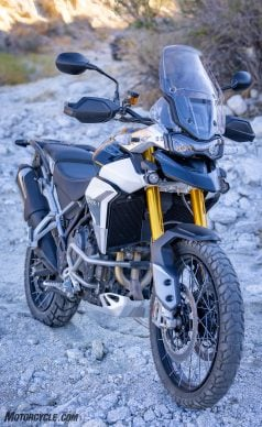 0226210-Middleweight-Adventure-Shootout-Triumph-Tiger-900-Rally-Pro-_EBB2249