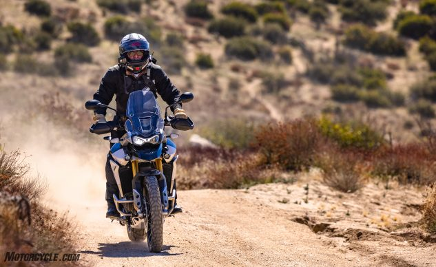 0226210-Middleweight-Adventure-Shootout-Triumph-Tiger-900-Rally-Pro-_EBB2576