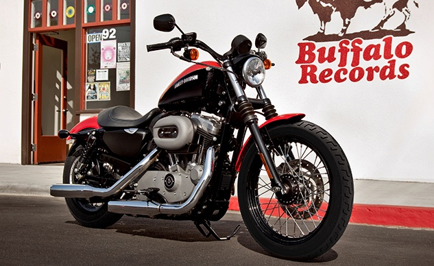 2011_Nightster_feature