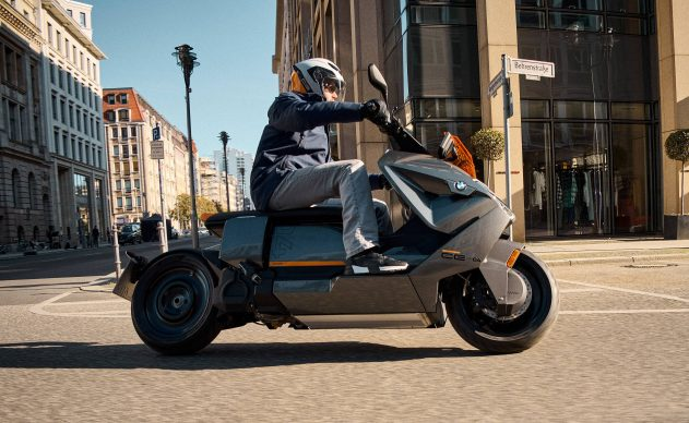 070721-2022-bmw-ce-04-electric-scooter-P90428740