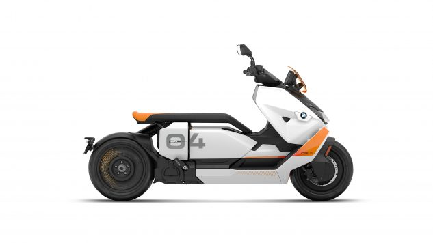 070721-2022-bmw-ce-04-electric-scooter-P90429094
