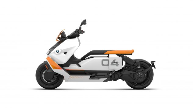 070721-2022-bmw-ce-04-electric-scooter-P90429096