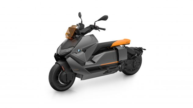 070721-2022-bmw-ce-04-electric-scooter-P90429098