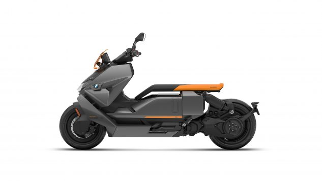 070721-2022-bmw-ce-04-electric-scooter-P90429100