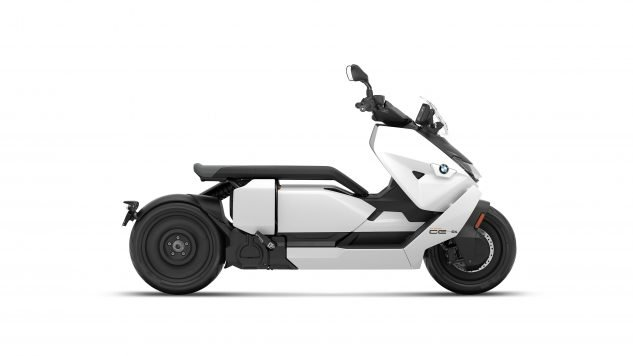 070721-2022-bmw-ce-04-electric-scooter-P90429101