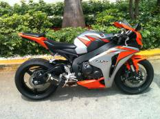 2010 Honda CBR1000RR For Sale : Used Motorcycle Classifieds
