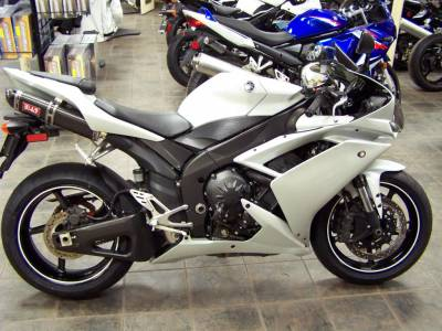 2007 yamaha yzf r1 for sale used motorcycle classifieds. Black Bedroom Furniture Sets. Home Design Ideas