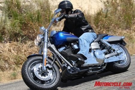 2009 HD CVO Intro BJN51470