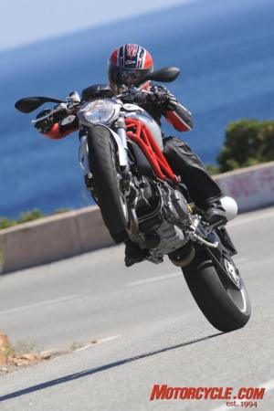 2009_Ducati_Monster_1100_AC1_4090