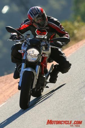 2009_Ducati_Monster_1100_ZAMP7637