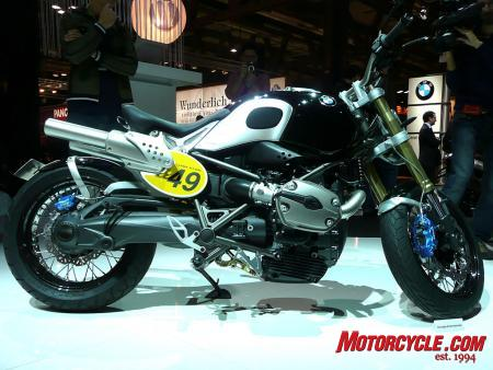 BMW says the Lo Rider concept has a high level of sporty riding dynamics with a relaxed yet active seating position.
