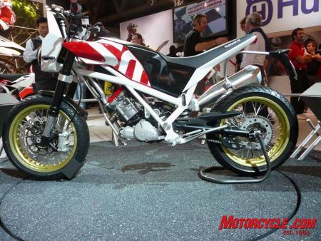 The Husqvarna-BMW wedding gave birth to this 450cc baby.