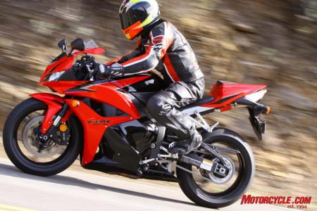 The king is dead! No one could ever question the Honda CBR600RR as an excellent, well-rounded package, but a surprising power loss this year and continued lack of a slipper-clutch meant it couldn�t remain on top