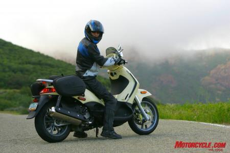 picture: scooter - 2009 piaggio bv500 gm5v9182