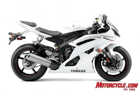 The R6 is available in a new Pearl White color along with Raven (black) and Team Yamaha blue/white versions.