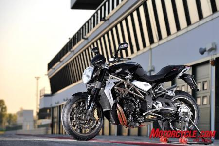 The Brutale 990R is a fine entry level machine. Check back later for a look at the Brutale 1090RR.