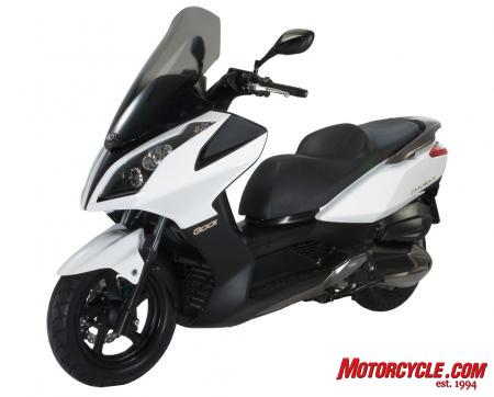 2011 Kymco Downtown300i Studio3