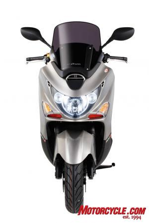 2010 Kymco Xciting -500Ri ABS Studio2
