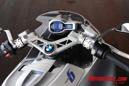 BMW says a rev counter is unnecessary for the Concept 6.