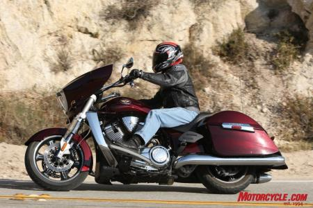 RoadGlide CrossCountry Comparo FONZ5835