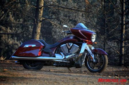 RoadGlide CrossCountry Comparo FONZ6033
