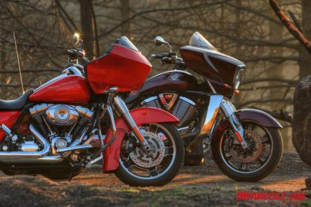 RoadGlide CrossCountry Comparo FONZ6145