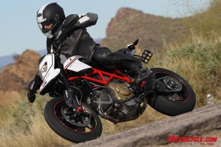 The Hypermotard EVO SP is available in a choice of a red-themed or white-themed Ducati Corse livery.
