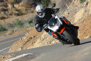 The Z1000 retained its excellent composure even when pushed hard.