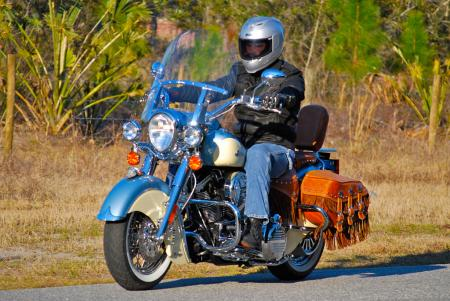 The Chief's riding position is comfortable and makes the bike easy enough to handle. The saddle is firm and supportive enough for a long day's ride.