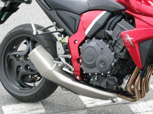 Styling cues for exhaust and tailpiece are borrowed from latest-generation CBR1000RR. The engine is sourced from previous-generation RR.