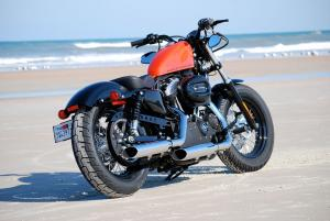 Like the Sportster Nightster and other members of the Dark Custom family, the Forty-Eight keeps to minimalist styling. One such element is the integrated brake/tail/indicator light.