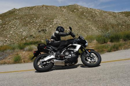 The Versys cuts its way up and down tight twisty roads with a prowess few others can match.