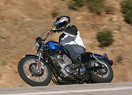 2010 Harley-Davidson Sportster 883 Low Action_Left1