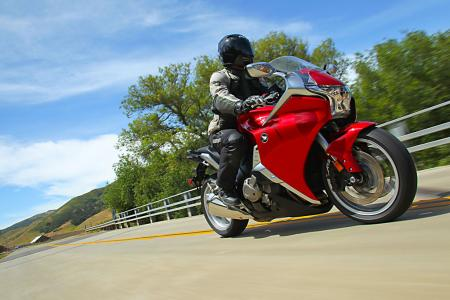The VFR1200F�s riding position is functional and designed to travel in purposeful style.