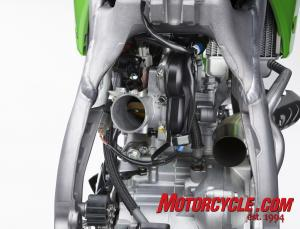 Kehin Battery-less fuel injection features six pre-set maps for different conditions. With Kawasaki's optional software you can make infinite adjustments to the fuel and ignition curves.