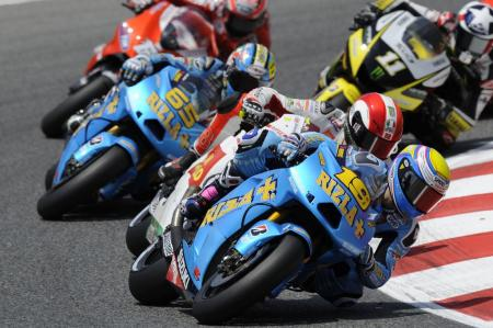 Suzuki finally showed signs of life with Alvaro Bautista finishing fifth. Proving that it wasn't just because of the Spaniard's home crowd advantage, Loris Capirossi finished seventh.