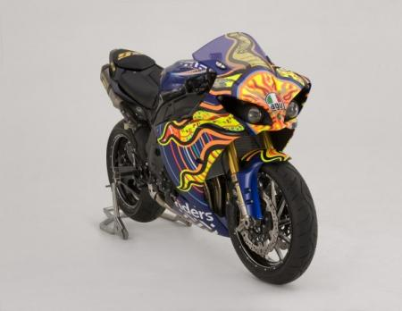 Bids for the Valentino Rossi R1 are expected to start from $50,000 to $70,000.