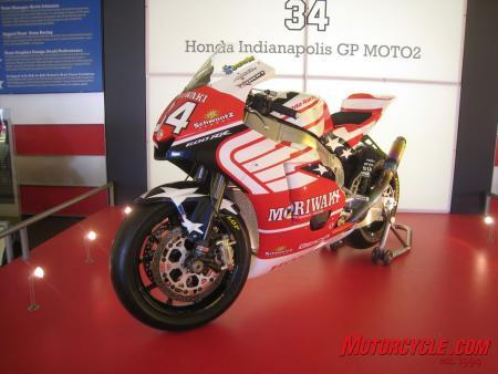 The paint scheme of American Honda's Moto2 entry was designed by Aldo Drudi, a longtime associate with Valentino Rossi, and it incorporates Honda's wing logo and elements of the American flag.