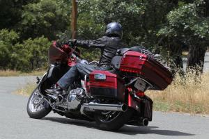 Although the Road Glide Ultra is ponderous at low speeds, it can carve up a twisty road at a fair pace. Harley says it can be leaned over to the right up to 33 degrees.