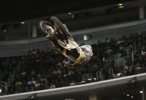 Fan voting gave Todd Potter Best Whip gold.