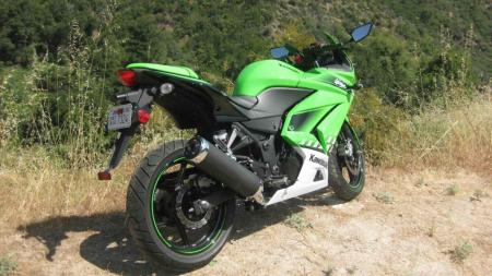 An aftermarket undertail kit would show off the slimmer design Kawasaki gave it a couple years back.
