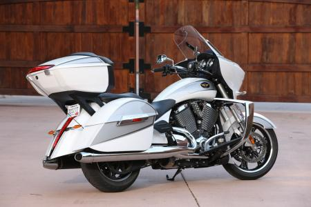2011 Victory Motorcycles Lineup BJN26584