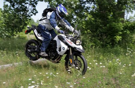 2010 BMW F800GS log-jump