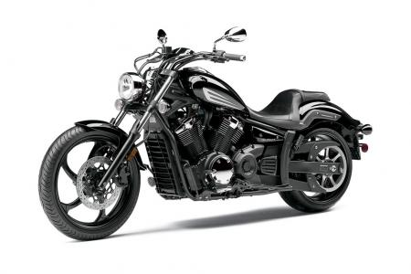The Raven Stryker follows the lead of Harley�s successful Dark Custom line by its lack of chrome.