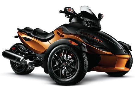Two-tone coloring and blacked out components give the Cam-Am Spyder RS-S a more aggressive look.
