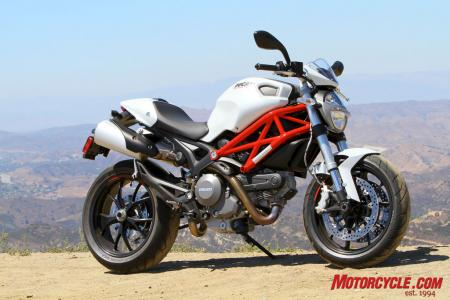 The 2011 Monster 796 expands Ducati's Monster line to three base models, and fits perfectly between the smaller and larger displaced 696 and 1100 Monsters.