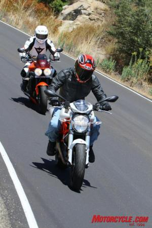 Ducati Monster 796 vs Triumph Street Triple R IMG_6397