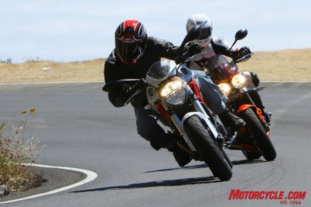 Ducati Monster 796 vs Triumph Street Triple R IMG_6403
